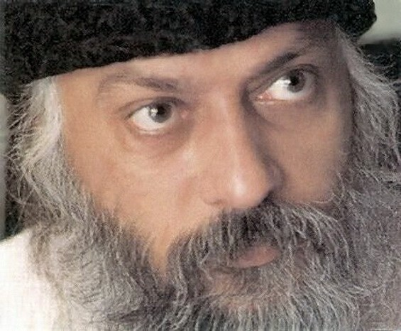 Osho-with-black-hat
